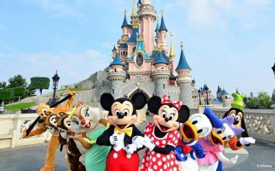 Corona Mengganas, Disneyland Paris Tutup hingga April 2021