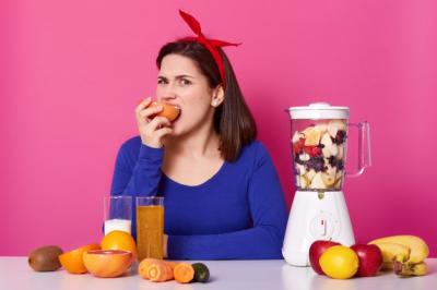 WFH Justru Bikin Makan Berlebihan? Ini 4 Cara Ampuh Mencegahnya