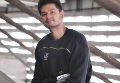 Pemain Ikatan Cinta Kevin Hillers Unggah Foto Masa Kecil, Netizen: Bibit Unggul