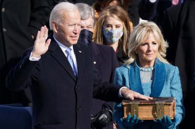 Joe Biden Tanda Tangani 15 Tindakan Eksekutif Terkait Pandemi dan Iklim