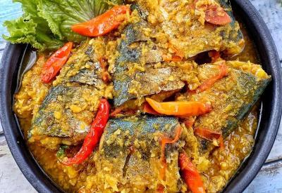Resep Pesmol Ikan Kembung untuk Menu Makan Siang Keluarga