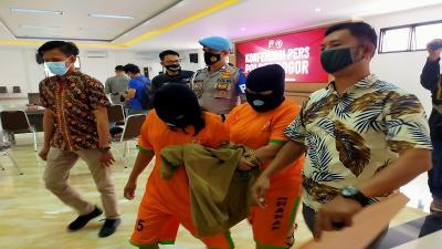 Tawarkan Jasa Prostitusi ke Tamu Villa di Puncak, 2 Mucikari Ditangkap