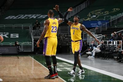 Hasil Pertandingan NBA Hari Ini: Lakers dan Jazz Menang, Warriors Takluk
