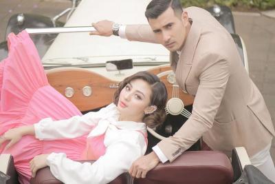 4 Potret Prewedding Ali Syakieb dan Margin Winaya