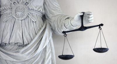 BCA Digugat Sri Bintang Pamungkas, Diminta Ganti Rugi Rp10 Miliar