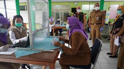 22 Ribu Nakes di Tangerang Mulai Disuntik Vaksin Covid-19