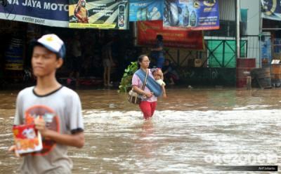 Jakarta Diguyur Hujan, Kali Krukut Mampang Meluap