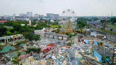 Viral Foto Taman Rekreasi di Surabaya yang Mulai Rata dengan Tanah