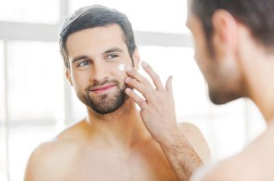 Umur Kepala 4, Ini Loh Tips Skincare untuk Para Pria