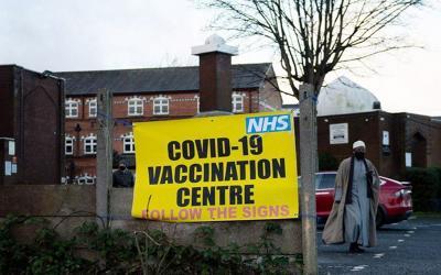 Hoax Vaksin Dilarang dalam Islam, Masjid Akan Jadi Pusat Vaksinasi Covid-19