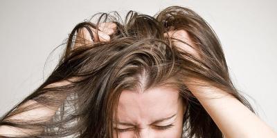 Rambut Rontok Parah? Yuk Obati dengan Trik Ini