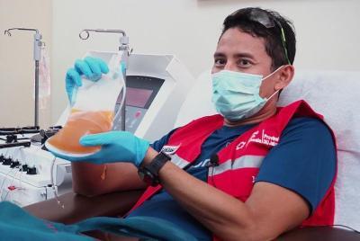 Sandiaga Uno Donor Plasma Konvalesen untuk Pasien Covid-19