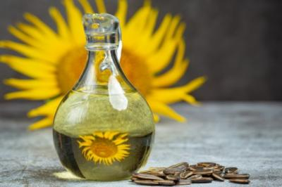 5 Khasiat Minyak Biji Bunga Matahari untuk Kulit, Bisa Cegah Tanda Penuaan Lho