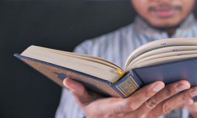 8 Adab Membaca Al-Qur'an Patut Diperhatikan