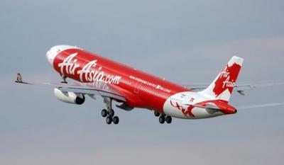 Cuaca Buruk, Pesawat Air Asia Tujuan Tanjung Pandang Kembali ke Bandara Soetta