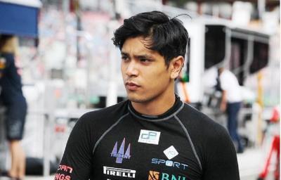 5 Potret Philo Paz Armand, Anak Jennifer Jill dan Mantan Pembalap Formula 2