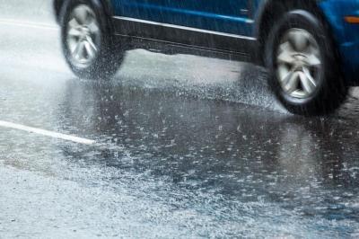 Air Hujan Percepat Proses Karat Pada Mobil, Ini Cara Pencegahannya
