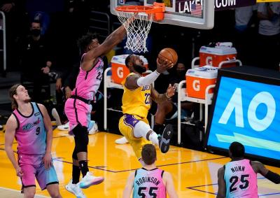 Hasil Pertandingan NBA 2020-2021 Hari Ini: Lakers dan Warriors Sama-Sama Keok