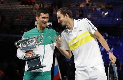 Juarai Australia Open 2021, Novak Djokovic Berharap Medvedev Bisa Ikuti Jejaknya