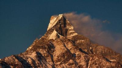 Machhapuchhare, Puncak Perawan Himalaya Penuh Misteri