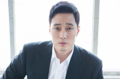 So Ji Sub Pertimbangkan Bintangi Drama Model Family