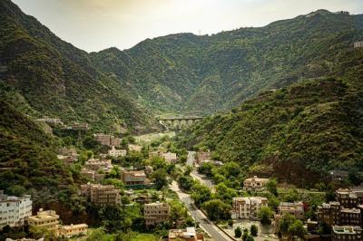Arab Saudi Kembangkan Destinasi Pegunungan Mewah, Target 2 Juta Turis Setahun