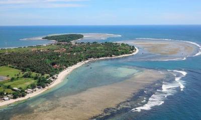 Punya Potensi Luar Biasa, Pengembangan Wisata Pantai Ujunggenteng Diprioritaskan