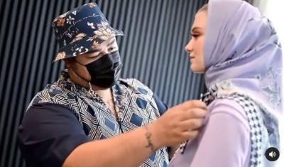 Sambut Ramadhan dan Lebaran, Ivan Gunawan Rilis Busana Muslim Terkini