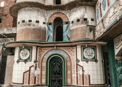 Uniknya Masjid Pintu Seribu, Ada Lorong Gelap Pengingat Mati