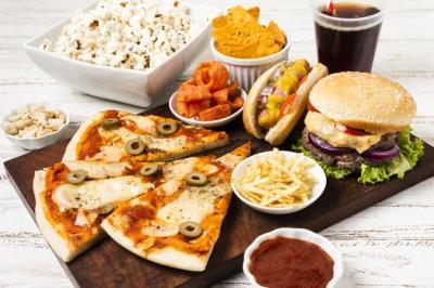 Sering Konsumsi Makanan Olahan Jadi Penyebab Masalah Gizi di Indonesia