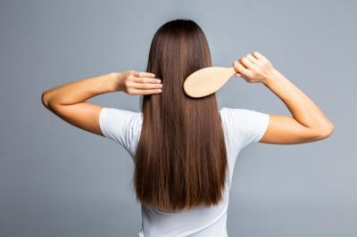 5 Cara Mudah Meluruskan Rambut Tanpa Pakai Catokan Panas