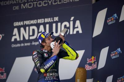 Petronas Yamaha SRT Siap Penuhi Ambisi Valentino Rossi Naik Podium
