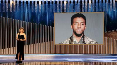 Chadwick Boseman Raih Penghargaan Golden Globe