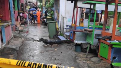 Cari Besi di Kali Cipinang, Yudi Malah Temukan Benda Diduga Mortir Aktif