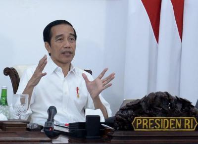 Jokowi: KRL Yogya-Solo Bisa Meningkatkan Pariwisata dan Ekonomi