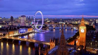 Inggris Segera Cabut Larangan Bepergian dan Buka Lagi Tempat Hiburan