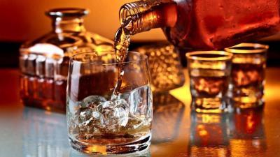 Konsumsi Minuman Beralkohol Jenis Bourbon Bisa Turunkan Risiko Kanker Loh