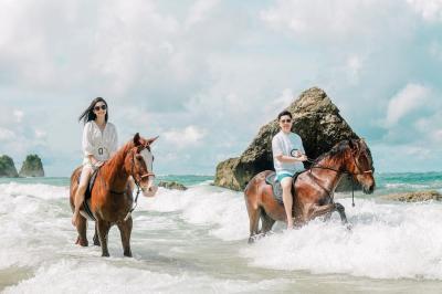 Liburan di Nihi Sumba, Raline Shah Berbagi Cerita Tentang Kuda
