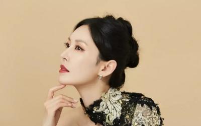 5 Busana Mahal Kim So Yeon, Primadona Hera Palace The Penthouse 2