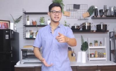 Biasa Bikin Makanan Mewah, Kini Jerry MasterChef Membuat Cilung Pinggir Jalan