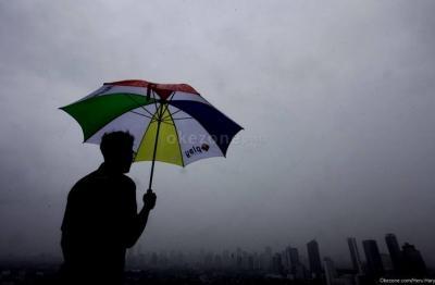 BMKG Prediksi Jakarta Diguyur Hujan Pagi Ini