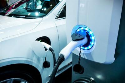Baterai Lithium UNS Diharapkan Mampu Mendorong Produksi Kendaraan Listrik Dalam Negeri