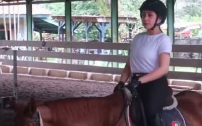 Fantastis! Outfit Nagita Slavina Berkuda Nyaris Rp20 Juta, Netizen: Ku Menangis
