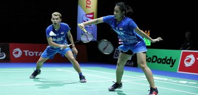 Rinov Pitha Tumbang dari Pasangan India pada 16 Besar Swiss Open 2021
