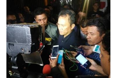Marzuki Alie Tiba di Kualanamu, Andi Arief: Mengakunya Selama Ini Bukan Pengkhianat