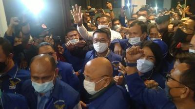 Moeldoko Tiba di KLB Deliserdang, Sudah Pakai Jaket Partai Demokrat