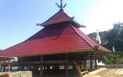 Kisah Ajaib Masjid At-Taqwa Lerabaing, Diberondong Meriam Portugis Selalu Meleset