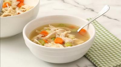 Ahli Sarankan Makan Sup Ayam Usai Divaksin Covid-19, Ini Alasannya