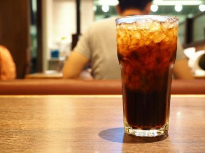 7 Bahaya Minuman Soda terhadap Tubuh, Yuk Dihindari