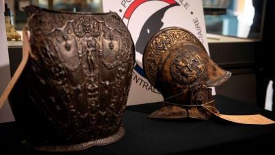 40 Tahun Hilang Dicuri, Baju Besi Abad 16 Kembali ke Museum Louvre